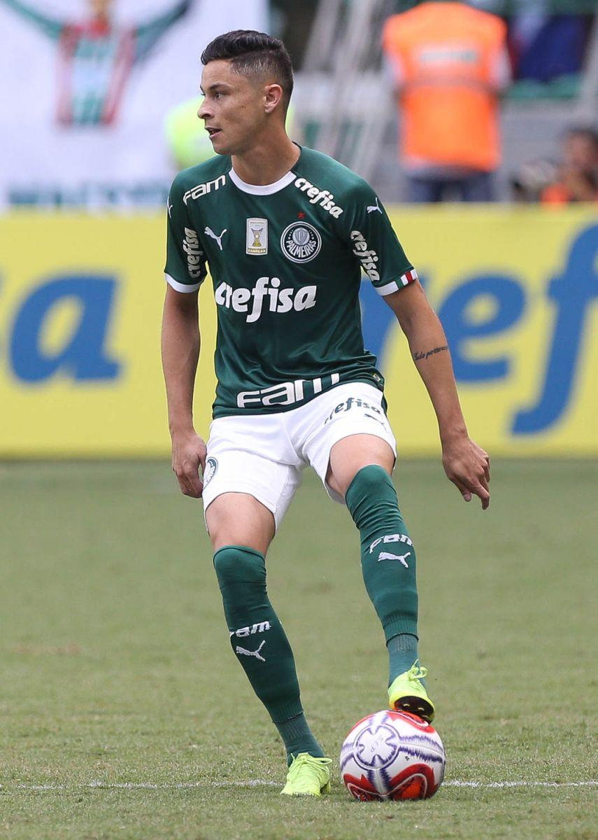 Cesar Greco/Ag. Palmeiras/Divulgação_Diogo Barbosa foi o titular na lateral-esquerda contra o Corinthians