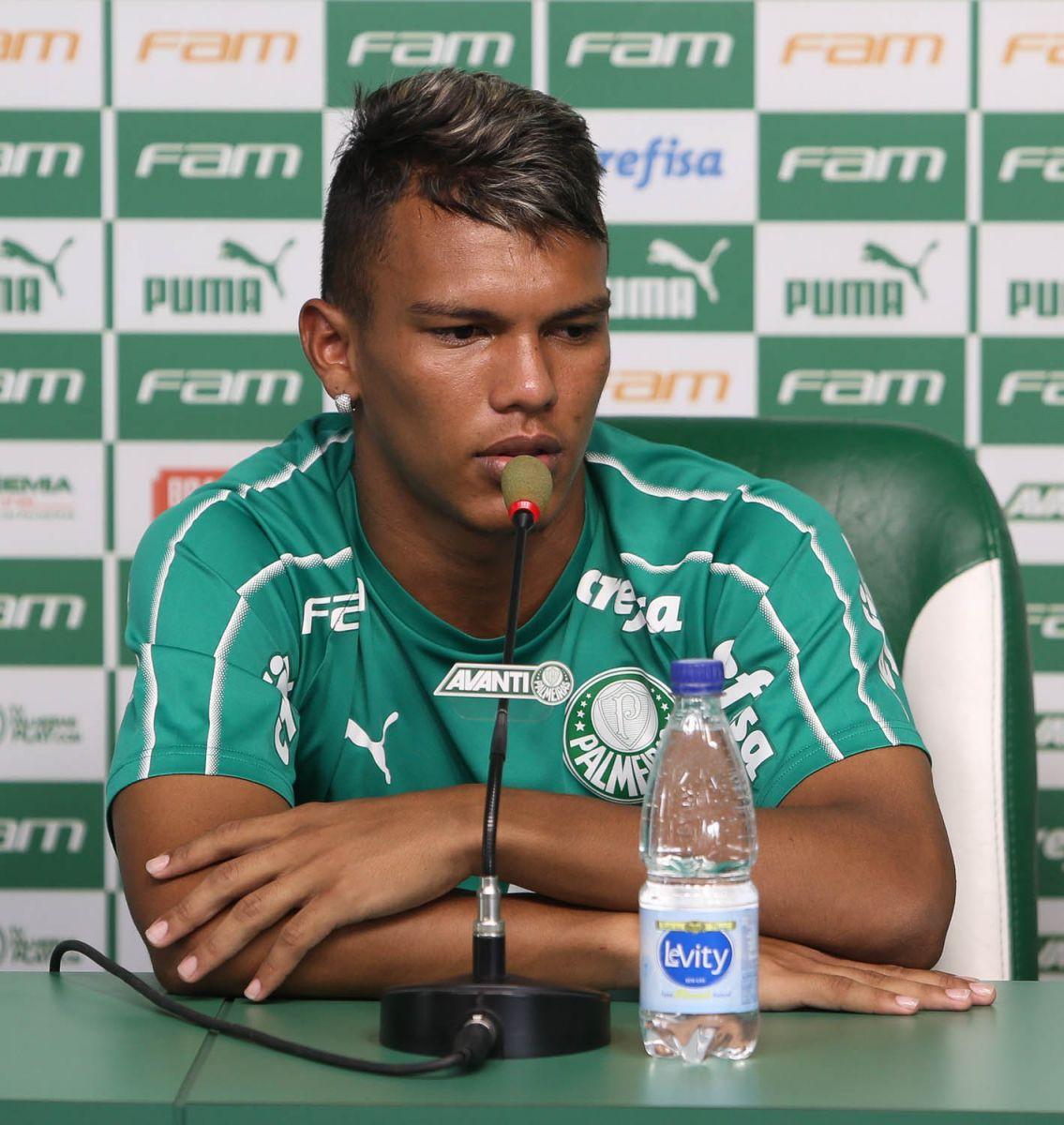 Cesar Greco/Ag. Palmeiras/Divulgação_Gabriel Veron foi promovido ao elenco profissional no final de 2019