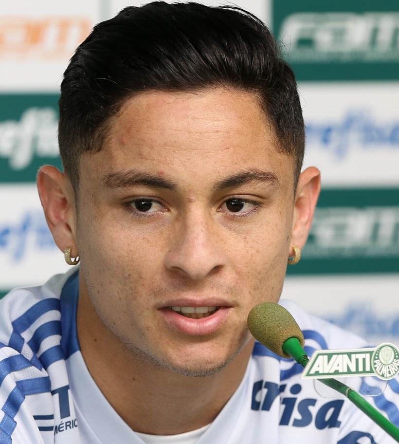 Cesar Greco/Ag Palmeiras/Divulgação_Diogo Barbosa falou com a imprensa na tarde desta terça-feira (21)