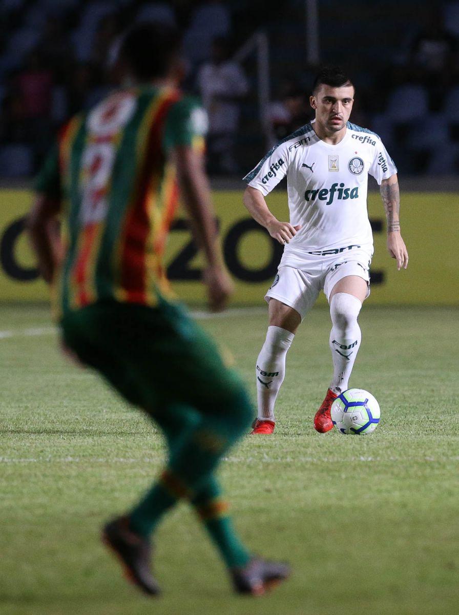 Cesar Greco/Ag Palmeiras/Divulgação_Victor Luis completou 100 jogos no Verdão