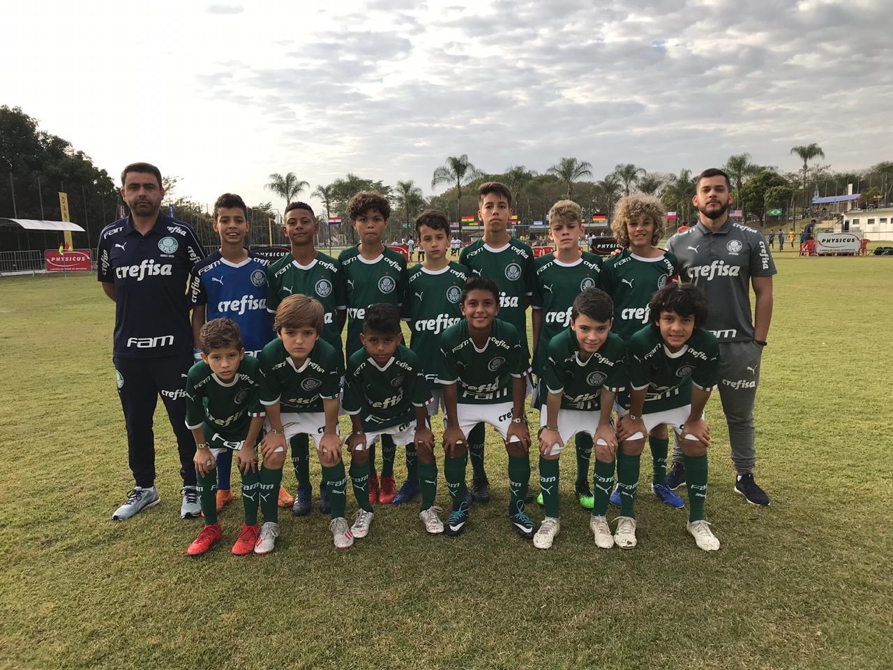 Divulgação_O Sub-11 do Palmeiras enfrenta o Zico 10 de Vila Velha-ES nas quartas de final da DaniCup