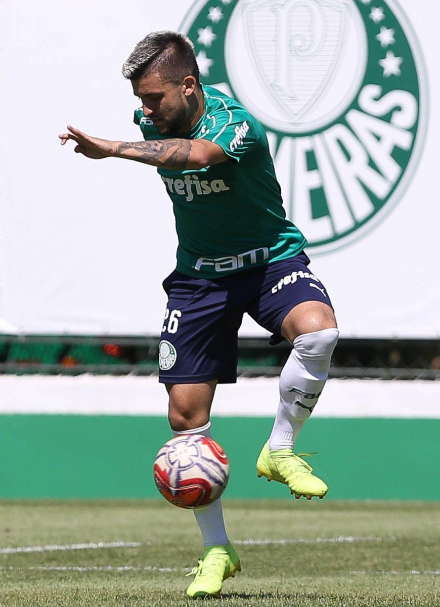Cesar Greco/Ag Palmeiras/Divulgação_Victor Luis marcou seu primeiro gol como profissional no Pacaembu, em 2014