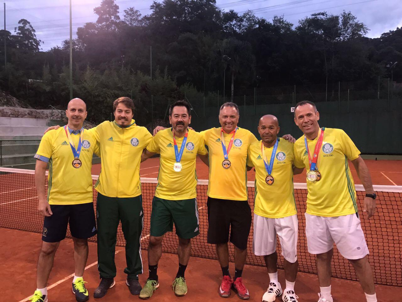 Divulgação_A equipe do Verdão ficou com o primeiro lugar na categoria 45 Anos Masculino