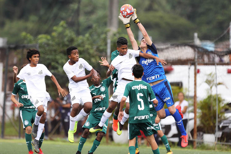 Pedro Ernesto Guerra Azevedo/Santos FC_O clássico contra o Santos foi a estreia do Sub-13 no Paulista