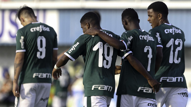 Fabio Menotti/Ag. Palmeiras/Divulgação_No Brasileiro Sub-20, o Palmeiras venceu a Ponte Preta na quarta-feira (28) e assumiu a liderança da competição