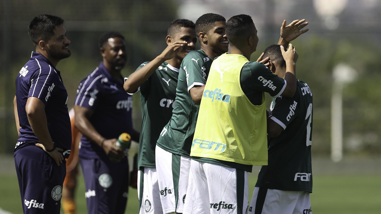 Fabio Menotti/Ag. Palmeiras/Divulgação_O Sub-15 estreou na terceira fase do Paulista contra o Botafogo-SP e venceu por 2 a 1