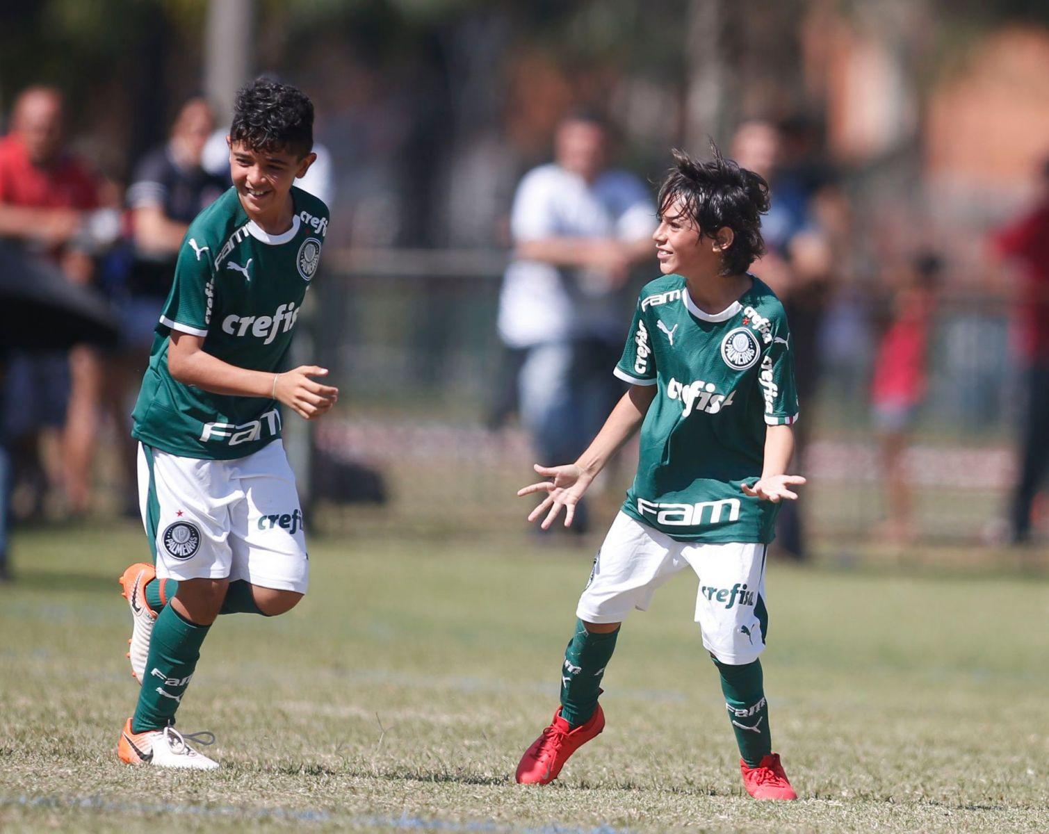 Facebook IberCup_As categorias Sub-10 e Sub-12 do Palmeiras disputaram a IberCup São Paulo