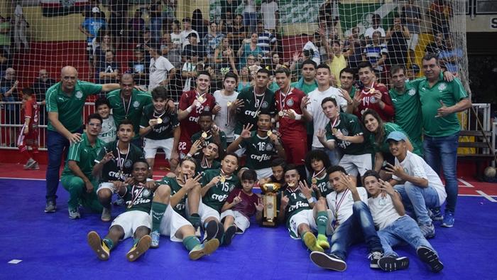 Priscila Pedroso/Palmeiras _ O time Sub-16 de futsal do Verdão faturou seis títulos nos últimos três anos