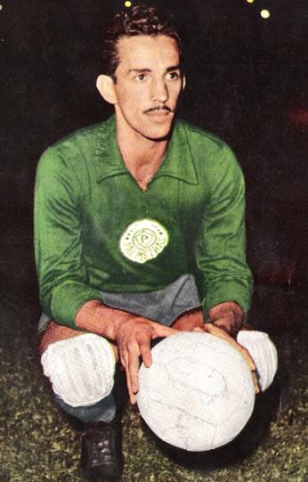 Divulgação_Com 480 jogos, Valdir de Morais é o 3º goleiro com mais partidas pelo clube (atrás de Marcos, com 532, e de Leão, com 620)