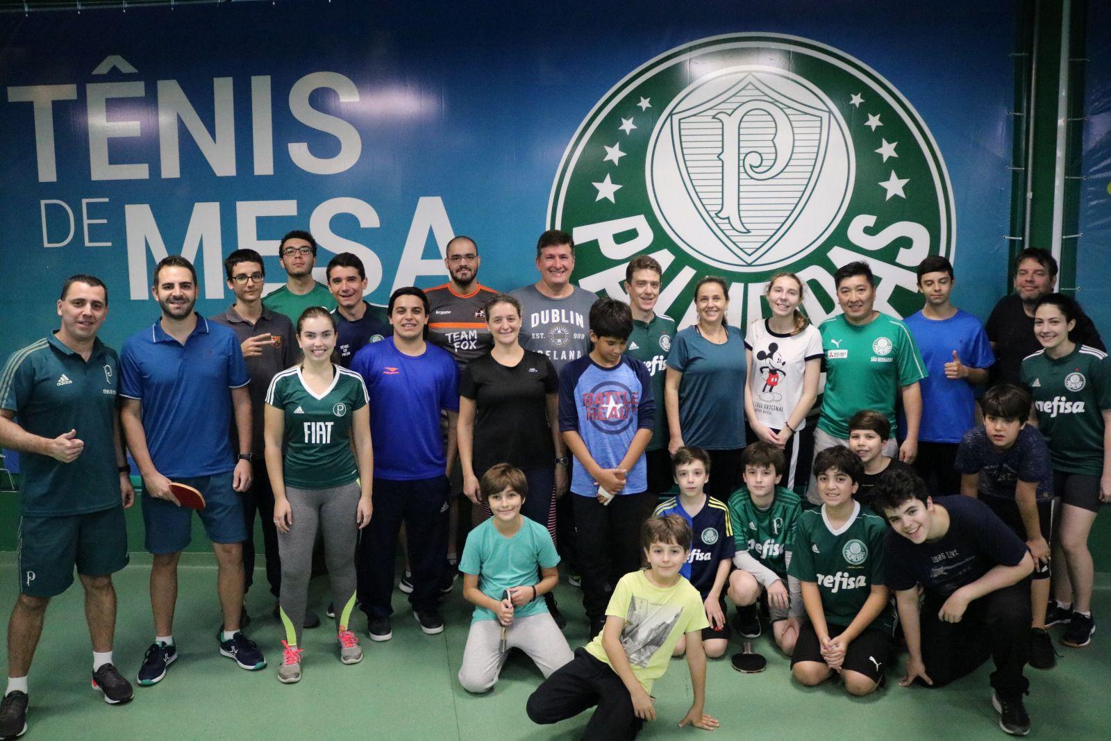 Priscila Pedroso/Divulgação_Hugo Hoyama participou do evento junto com os associados