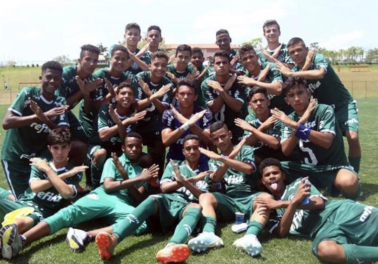 Divulgação_O Sub-14 do Palmeiras conquistou o Festival Desportivo Brasil com campanha invicta