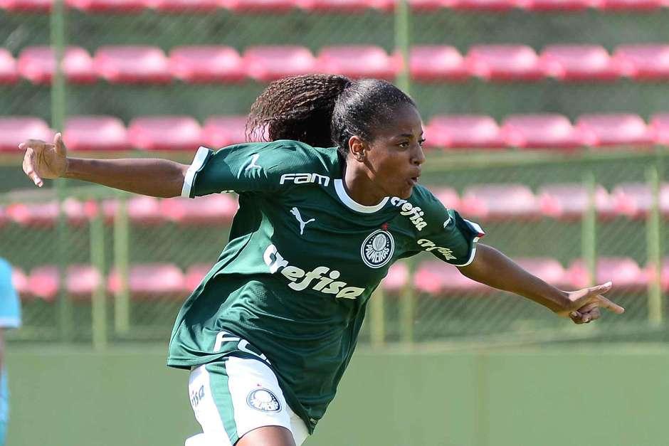 Bruno Ulivieri_A atacante Lurdinha foi convocada para a Seleção Sub-20 pela primeira vez