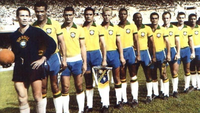 Divulgação_Valdir esteve presente em um dos momentos mais importantes da história do Palmeiras: o dia em que o clube representou a Seleção Brasileira por completo