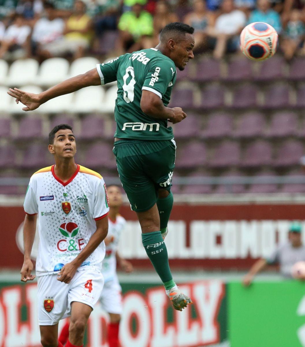 Fabio Menotti/Ag. Palmeiras/Divulgação_O atacante Fabricio fez os dois gols da vitória palmeirense