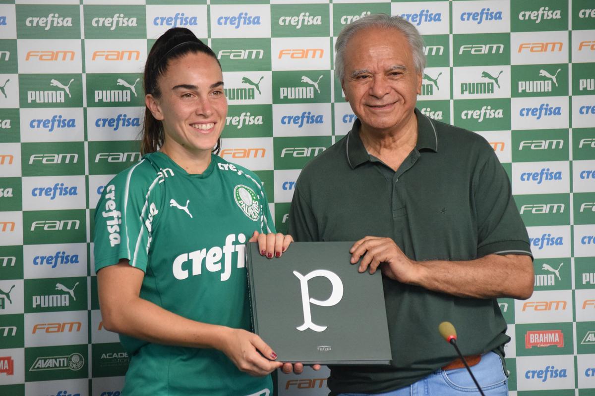 Priscila Pedroso/Palmeiras _ 'Surpresa' do dia, Agustina reforça o setor defensivo do Palmeiras em 2020