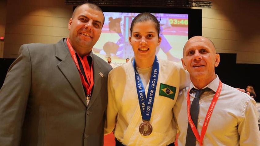 Divulgação _ Alana é um dos principais nomes do judô paralímpico mundial