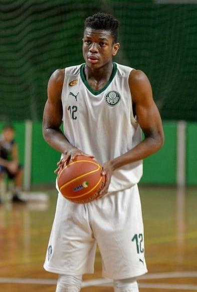 Divulgação _ Brunão tem sido um dos destaques do basquete alviverde no ano