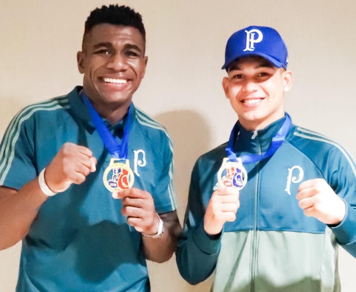 Divulgação_Cosme (esq.) e João (dir.) estão entre os melhores pugilistas do Brasil