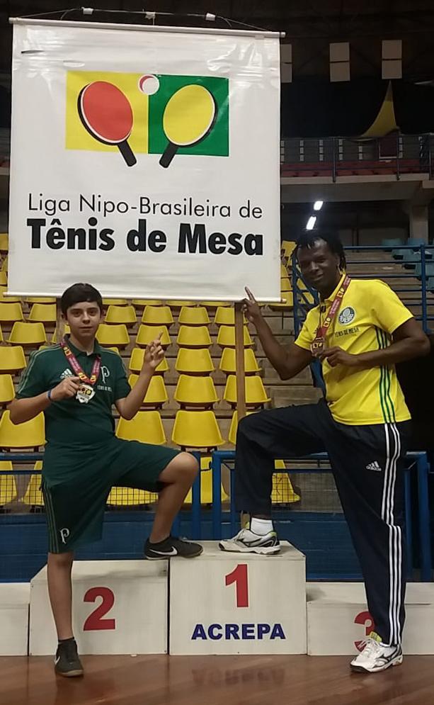 Divulgação _ Diego (esq.) e Carlos (dir.) subiram de posição no ranking geral da competição