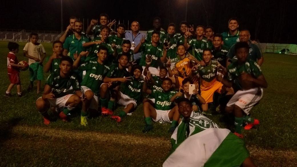 Divulgação_O time Sub-14 do Verdão superou o Grêmio na final do EFIPAN