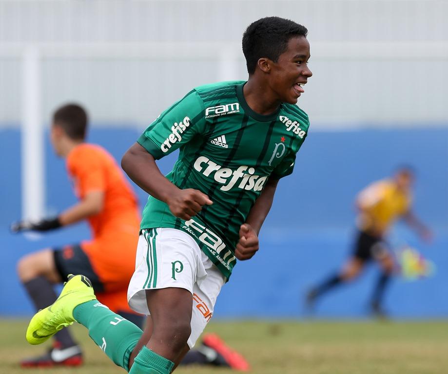 Fabio Menotti/Ag. Palmeiras/Divulgação_Endrick sagrou-se artilheiro do Paulista pelo 2º ano seguido (em 2017, pelo Sub-11, e, agora, em 2018, pelo Sub-13)