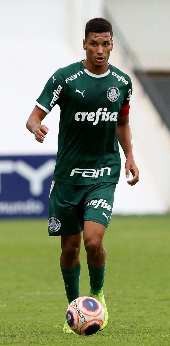 Fabio Menotti/Palmeiras _ O zagueiro Henri é um dos destaques do time alviverde na Copinha
