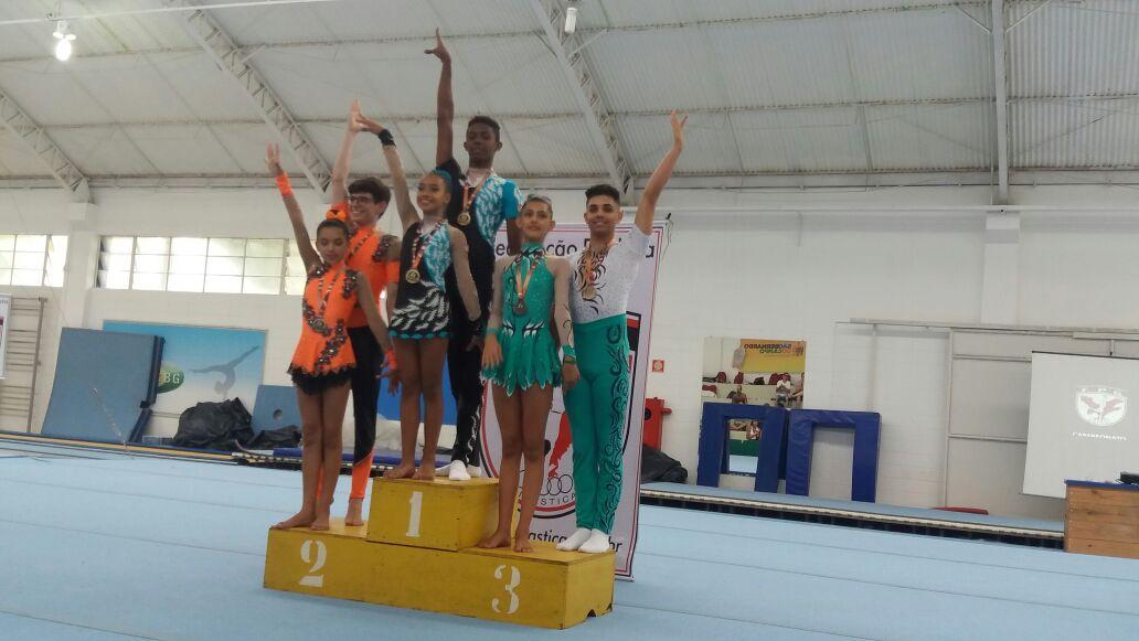 Divulgação_Genival e Maria Fernanda conquistaram a medalha de bronze nas duplas mistas