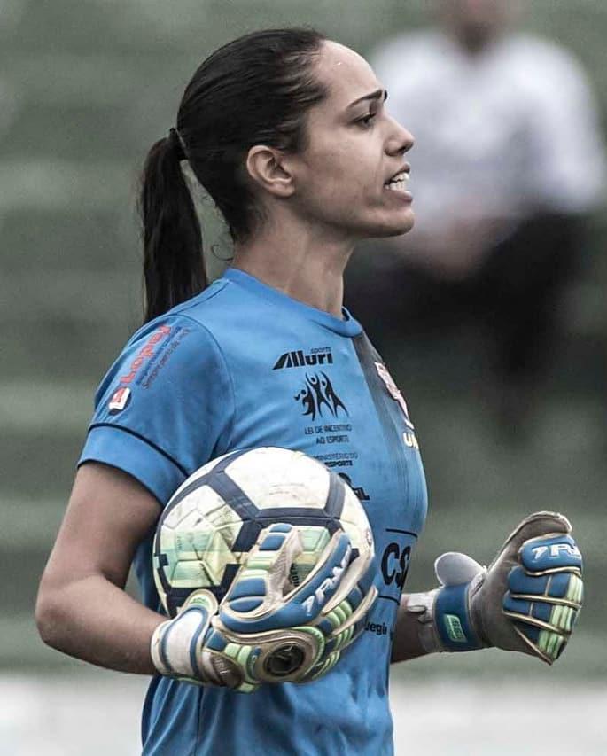 Divulgação _ Karen é a quinta atleta a reforçar o Verdão em 2020