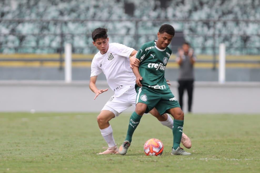 Pedro Ernesto Guerra Azevedo/Santos FC_Neste domingo (17), o Sub-15 do Verdão visitou o Santos na Vila Belmiro