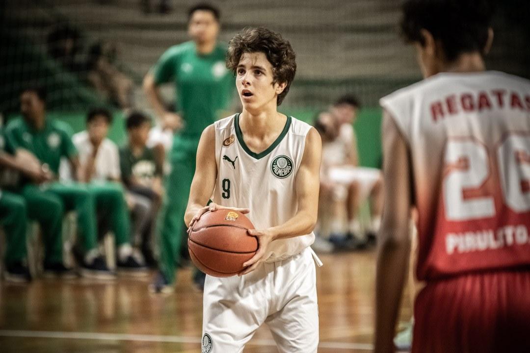 Caio Carlucci/Divulgação _ Vinicius, do Sub-13, foi um dos cestinhas do duelo contra o Regatas/Akdmia
