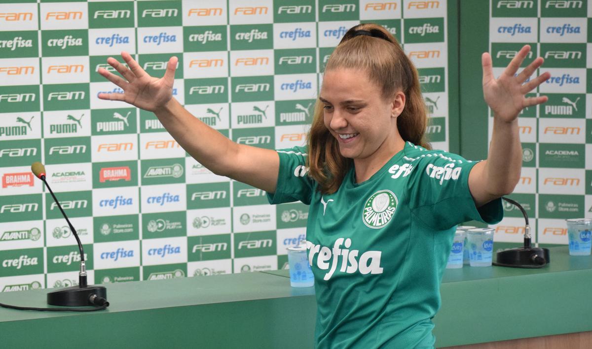 Priscila Pedroso/Palmeiras _ A gaúcha Stefany discursou em LIBRAS e reforçou o discurso de que 'o Palmeiras é de todos'