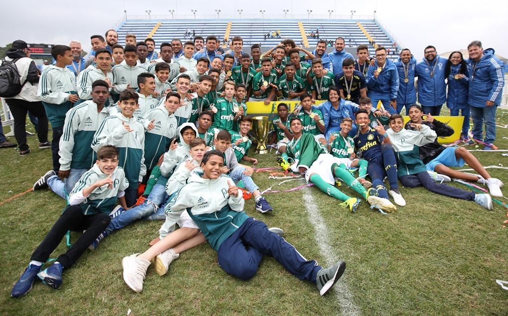 Fabio Menotti/Palmeiras _ O Sub-13 faturou o segundo título estadual da história da categoria