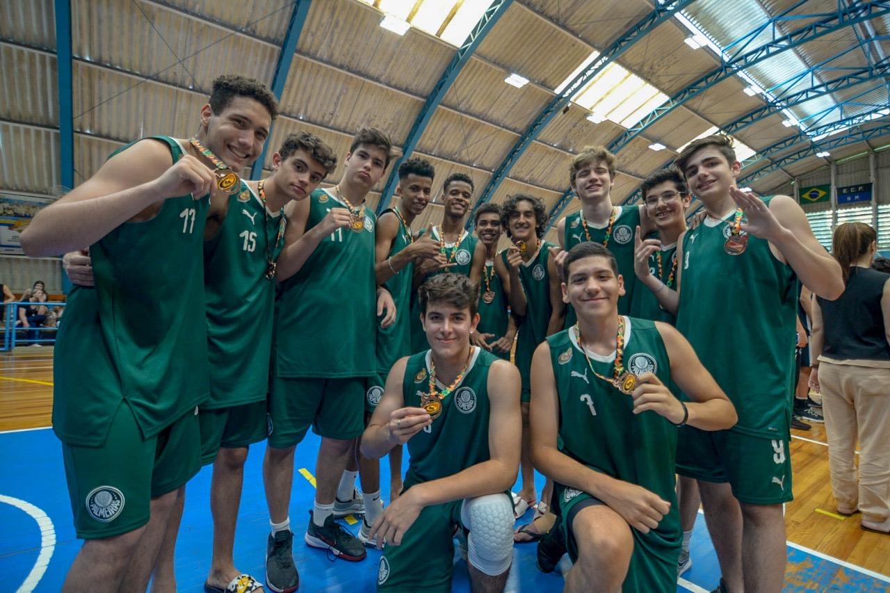 Michael Oliveira/Federados Basketball _ Além do bronze, o Sub-15 do Verdão teve o armador Gabriel Caldeira na seleção do torneio