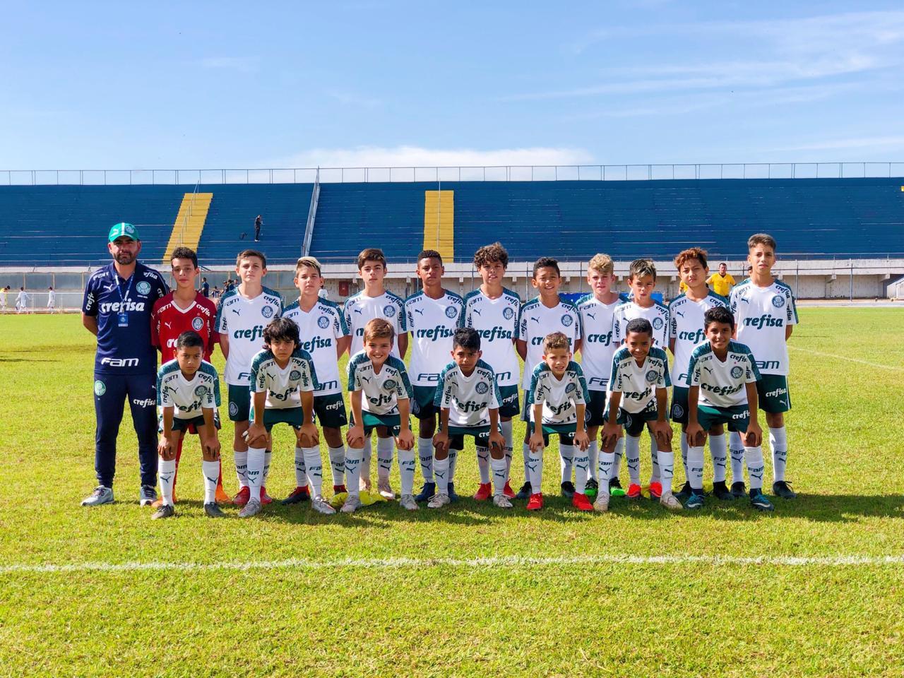 Divulgação_O Sub-11 do Palmeiras venceu quatro jogos e sofreu apenas um revés na Leme Cup