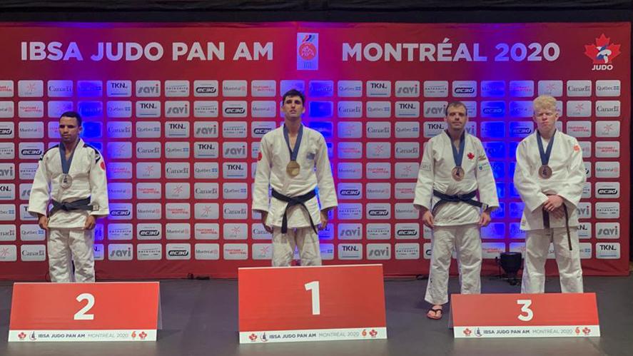 Divulgação _ Thiego (primeiro da direita para a esquerda) é um dos brasileiros cotados aos Jogos Paralímpicos de Tóquio