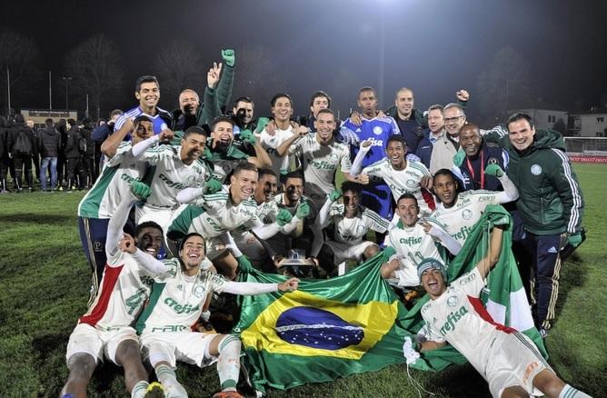 Divulgação _ O Sub-18 do Palmeiras foi campeão de Bellinzona no ano passado