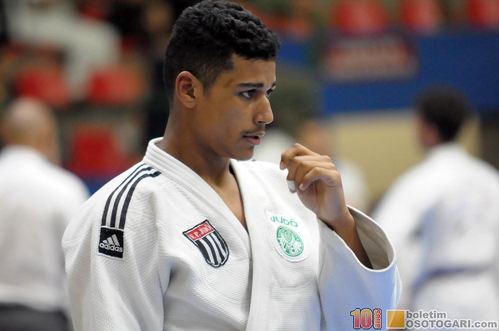 Everton Monteiro/Boletim Osotogari _ Victor Hugo Nascimento conquistou a medalha de ouro na Copa São Paulo
